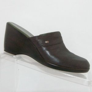Tommy Hilfiger brown leather mules wedges 7M